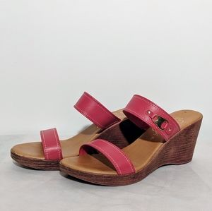 Italian Shoemakers Red & Gold Sandals Sz 8